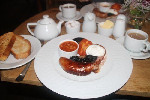 6 English breakfast