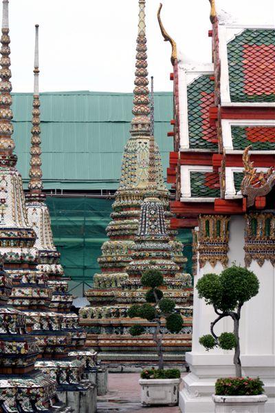 Wat Pho Chedis