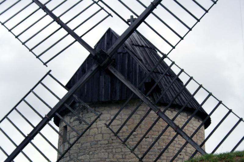 Castelnau_windmill