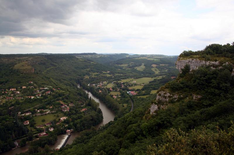 St_antonin_sur_val_aveyron_river