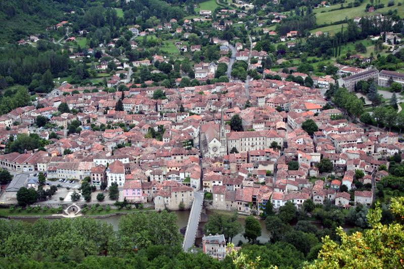 St_antonin_sur_val_town